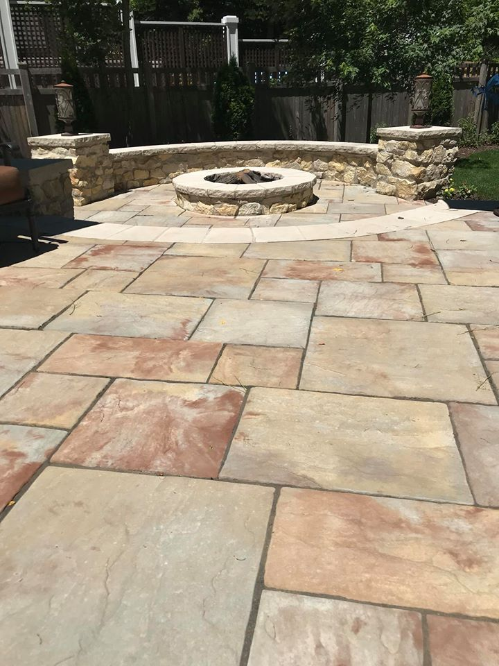Patio - Fire Pit Seatwall